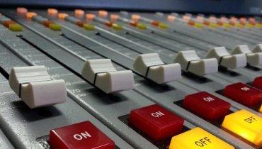 FRATERNITY RADIO