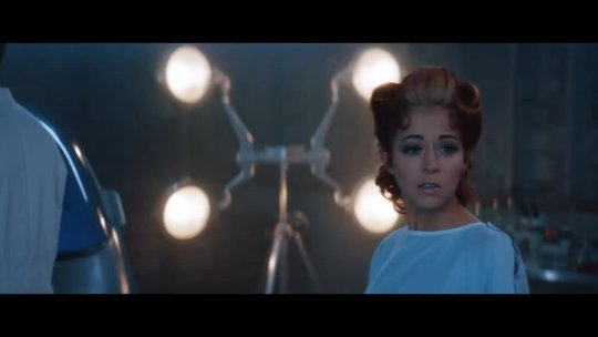 Lindsey Stirling - Love's Just A Feeling feat. Rooty