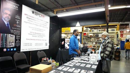 Pandit visit Flea Market IIPC Booth