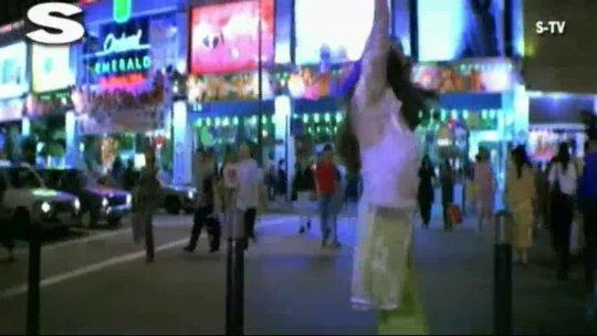 BOLLYWOD  Uttar Dakshin (Video Song)  Aur Pyar Ho Gaya