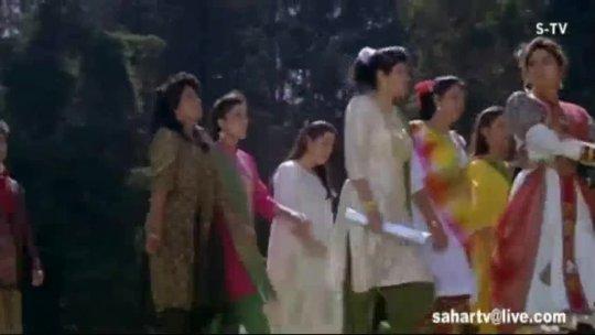 Aaya Hoon Badi Door Se  Juhi Chawla  Vivek Mushran  Bewafa Se Wafa  Bollywood Songs