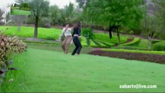 Ankhiyon Se Goli Maare' HD 1080P Video Song Govinda, Raveena Tandon Dulhe Raja