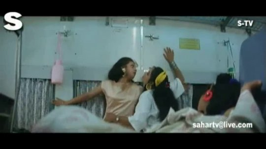 Bichhoo O Bichhoo Full Song Chamatkar Shah Rukh Khan, Urmila Matondkar