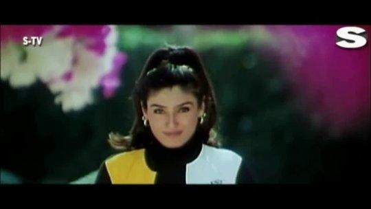 Main Laila Laila Chillaunga  Video Song Govinda Raveena Tandon Anari No.1