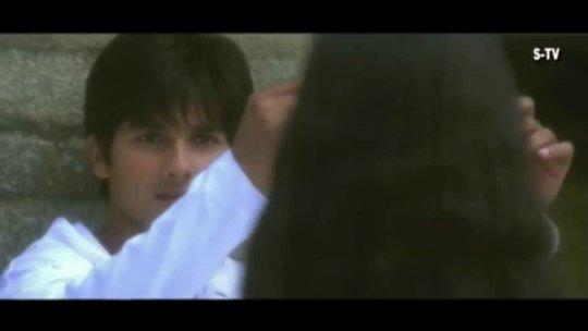 Milan Abhi Aadha Adhura Hai  Vivah  Shahid Kapoor, Amrita Rao  Bollywood Romantic Songs
