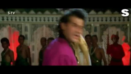Umra Teri Solah Song Video Beqabu Sanjay Kapoor Mamta Kulkarni Abhijeet