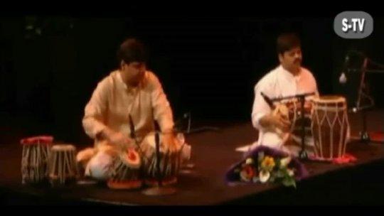 Ghazal Ik Shikra Yaar and Chithi na koi Sandes live By Jagjit Singh