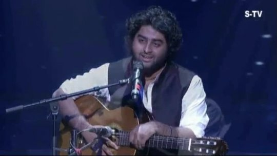 Ghazal Arijit Singh with his soulful performance 6th Royal Stag Mirchi Music Awards Radio Mirchi