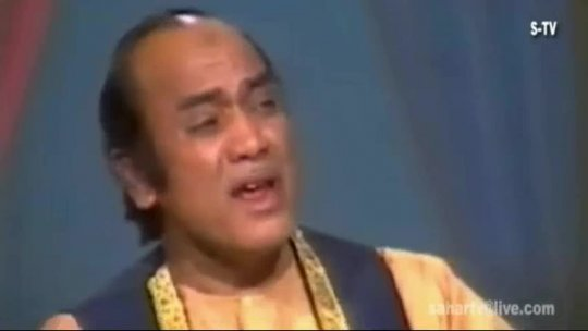 Ghazal  Mehdi Hassan Duniya Kisi Key Pyar Main