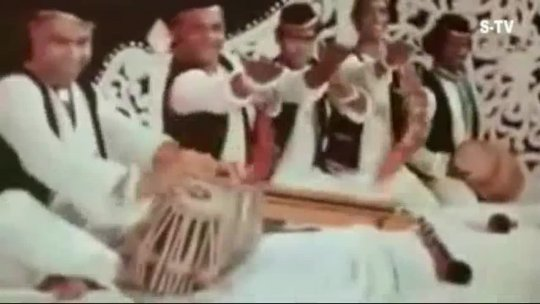 Amar Akbar Anthony (1977)  Parda Hai Parda