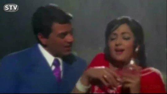 Jaane Kya Pilaya Tune  Hema Malini, Dharmendra Lata Mangeshkar Jugnu Romantic Song
