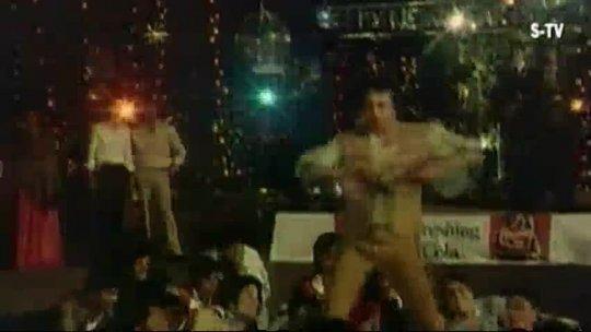 Main Akela Aur Dilbar Kaun Kaisey Songs Mithun Chakraborty Ranjeeta Hindi Song Filmigaane