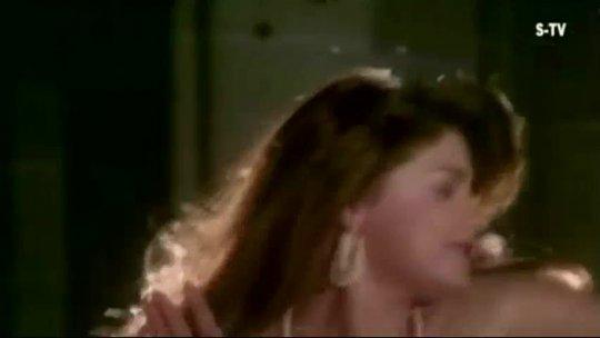 Seene Pe Rakh Kar Sar Naseeb (1997) Govinda, Mamta Kulkarni Romantic Song HD