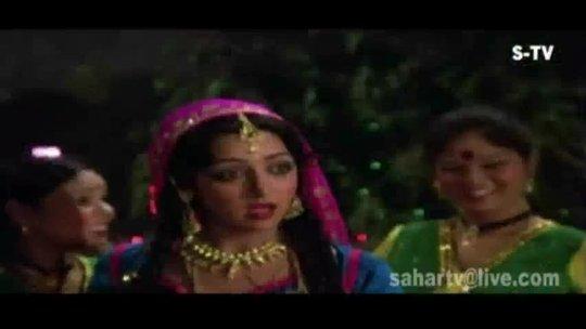Sheher Mein Charcha Hai Mohammed Rafi, Lata Mangeshkar Aas Paas 1981 Song Dharmendra