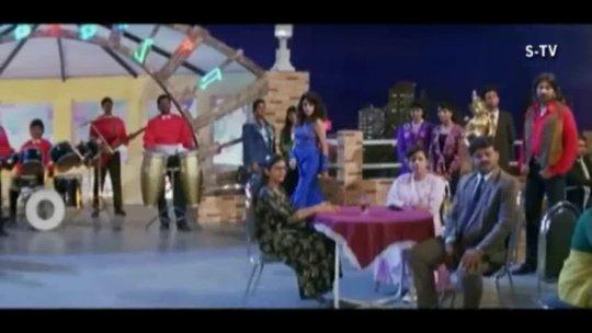 Dil Ki Tanhai Ko Kumar Sanu Chaahat Shah Rukh Khan, Ramya Krishnan, Pooja Bhatt