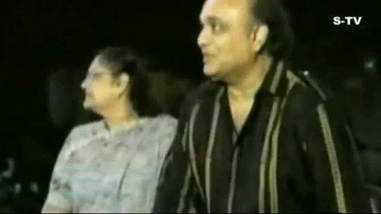 dil kya cheez hai Asha Bhosle Live