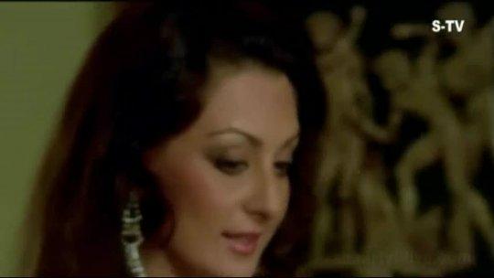 Kaun Anjaam E Ulfat Nahin Janta  Saira Banu  Amitabh Bachchan  Hera Pheri  Bollywood Songs