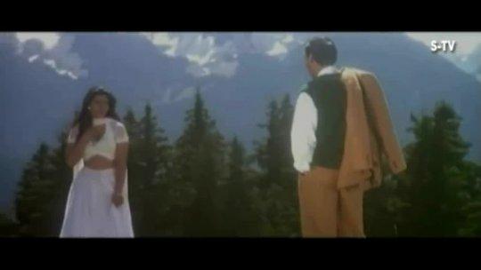 Pyaar To Hona Hi Tha  Ajnabi Mujhko Itna Bata Video Kajol