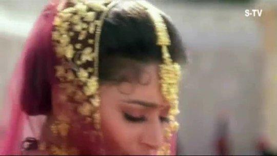 Oh Mere RajKumar Madhuri Dixit Anil Kapoor Rajkumar Title Song