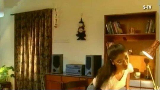 Sagarika  Disco Deewane Video Naujawan