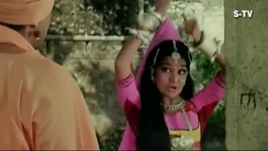 Sona Laija Re Chandi Laija Re  Asha Parekh  Dharmendra  Mera Gaon Mera Desh Songs  Lata