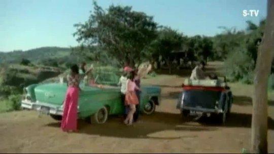 Hasino Ke Chakkar Me Padhna Nahi  Deewangee  Shashi Kapoor Zeenat Aman