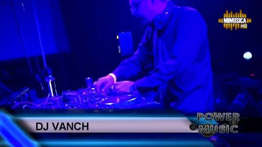 Roger Sanchez Live