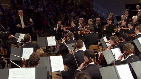 Claudio Abbado - Abbado conducts the Berliner Philharmoniker - Tribute to Mahler